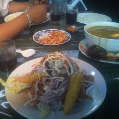 Photo taken at Cevicheria Picanteria El Paisa by Angel C. on 4/27/2013