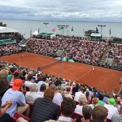 Foto tirada no(a) Båstad Tennis Stadium por Niclas S. em 7/19/2015