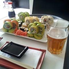 Photo taken at Niu Sushi by Nathaly s. on 10/27/2012