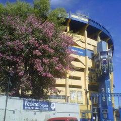 Foto tirada no(a) Estadio Alberto J. Armando (La Bombonera) por Guido T. em 2/28/2013