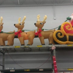 Photo taken at Walmart Supercenter by Larry R. on 12/3/2012