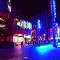 Photo taken at Universal CityWalk by Kanaya M. on 9/26/2012