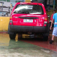 Photo taken at Grande Car Spa by Ellan Mark P. on 10/6/2012