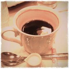 Photo taken at Cafeルノアール ヨドバシAkiba横店 by takumi on 12/26/2012