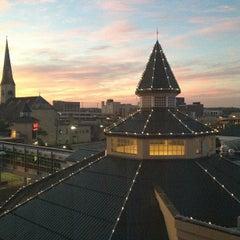Photo taken at Harrah's Joliet Hotel & Casino by Jose S. on 9/15/2012