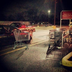 Photo taken at Jewel-Osco by Becka on 4/15/2013
