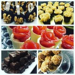 Photo taken at Renata Arassiro Chocolates by Cesar Y. on 8/28/2015