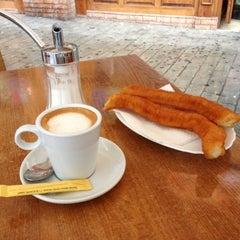 Photo taken at Chocolateria Rotonda by Antonio B. on 10/20/2012