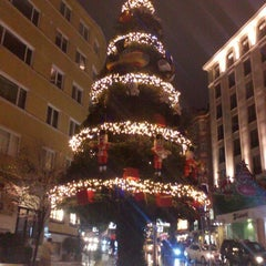 Photo taken at City's Nişantaşı by 'Gkhn A. on 1/12/2013