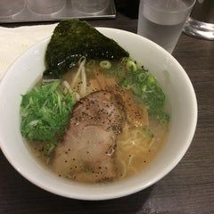 Photo taken at 牛骨ラーメン 香味徳 by Super_Hearty on 7/4/2015