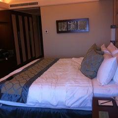 Photo taken at Shangri-La's Mactan Resort and Spa by AZel C. on 5/8/2013