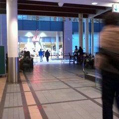 Photo taken at Triangeln Köpcentrum by Gilbamar d. on 11/18/2012