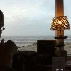 Photo taken at Strandhotel en Restaurant Noordzee by Peter H. on 1/3/2014