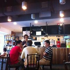 Photo taken at Elephant Bean Cafe by Yuki T. on 10/28/2012