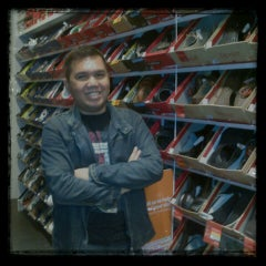 Photo taken at Payless ShoeSource by Johannes Ronald H. on 10/7/2012