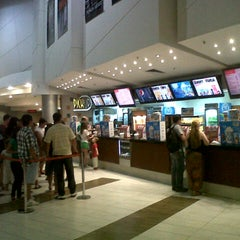 Photo taken at Hoyts by Claudio M. on 1/18/2013
