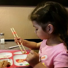 Photo taken at Sozo Sushi by SCJS B. on 4/4/2015