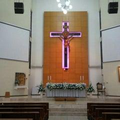 Photo taken at Gereja Kristus Salvator by Paulus T. on 3/5/2016