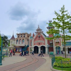 Photo taken at Town Square – Main Street U.S.A by MikaelDorian on 5/18/2013