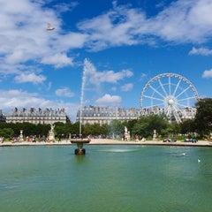 Photo taken at Jardin des Tuileries by MikaelDorian on 8/16/2014