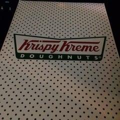 Photo taken at Krispy Kreme Doughnuts by Kerry W. on 9/7/2014