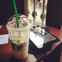 Photo taken at Starbucks Coffee by Javier D. on 2/11/2013