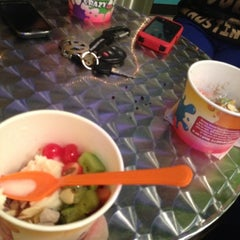 Photo taken at Crazy Good Yogurt by Jacqueline C. on 11/29/2012