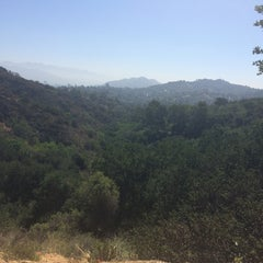 Photo taken at Coldwater Canyon Park by Erina S. on 5/31/2014