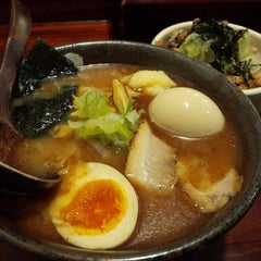 Photo taken at 麺処 田ぶし by Naoya H. on 3/18/2015