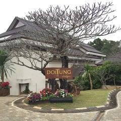 Photo taken at Doi Tung Lodge by Manoj B. on 12/25/2015