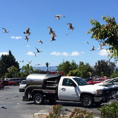 Photo taken at Mi Pueblo Food Center by Carlos R. on 4/22/2014