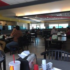 Photo taken at Carl's Jr. by William K. on 8/4/2015