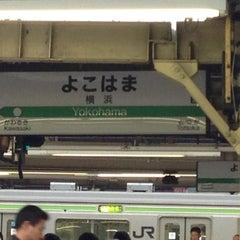 Photo taken at JR 横浜駅 3-4番線ホーム by Mika F. on 11/6/2012