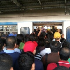 Photo taken at Yellow Line - Quezon Avenue Station by ROY s. on 1/29/2013