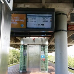 Photo taken at MDT Metrorail - Dadeland North Station by Carolay D. on 6/13/2014