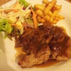Photo taken at Steak - Kun,bangsean,chonburi by Qu s. on 9/14/2012