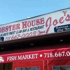Photo taken at Lobster House Joe's by Anthony B. on 9/28/2014