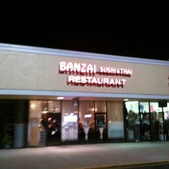 Photo taken at Banzai Sushi & Thai by Bobby H. on 10/19/2012
