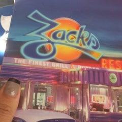 Photo taken at Zacks by Fernanda F. on 1/31/2014