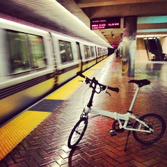 Photo taken at Montgomery St. BART Station by Motohiro T. on 2/16/2013