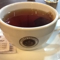 Photo taken at Cuppa Coffee inc. by Linda G. on 11/18/2012