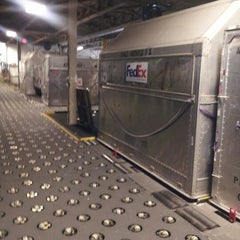 Photo taken at FedEx Ship Center by Mz.Stickybunz G. on 1/8/2013