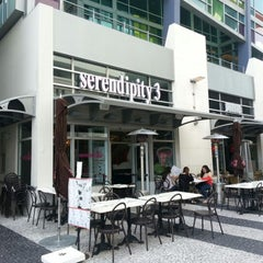 Photo taken at Serendipity3 by Ft. Lauderdale E. on 11/9/2012