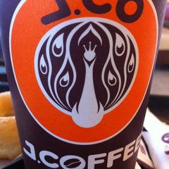 Photo taken at J.Co Donuts & Coffee by Prayudi D. on 9/7/2015