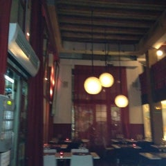 Photo taken at Magnolia Restaurant by Angel S. on 11/9/2012