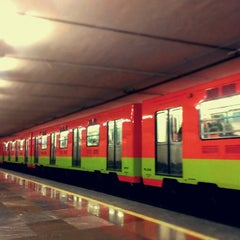 Photo taken at Metro San Juan de Letrán by Caminαλεχ 🚶 on 6/16/2013