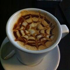 Photo taken at Robert's Coffee by Duygu Ş. on 1/11/2013