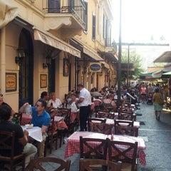 Photo taken at Θανάσης (Thanasis) by Yiannis O. on 9/8/2013