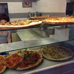 Photo taken at Pizzeria Due Torri by Roberto C. on 7/21/2015