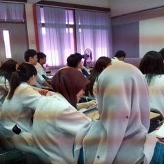 Photo taken at Bilik Seminar HTAR by Umi F. on 10/10/2012